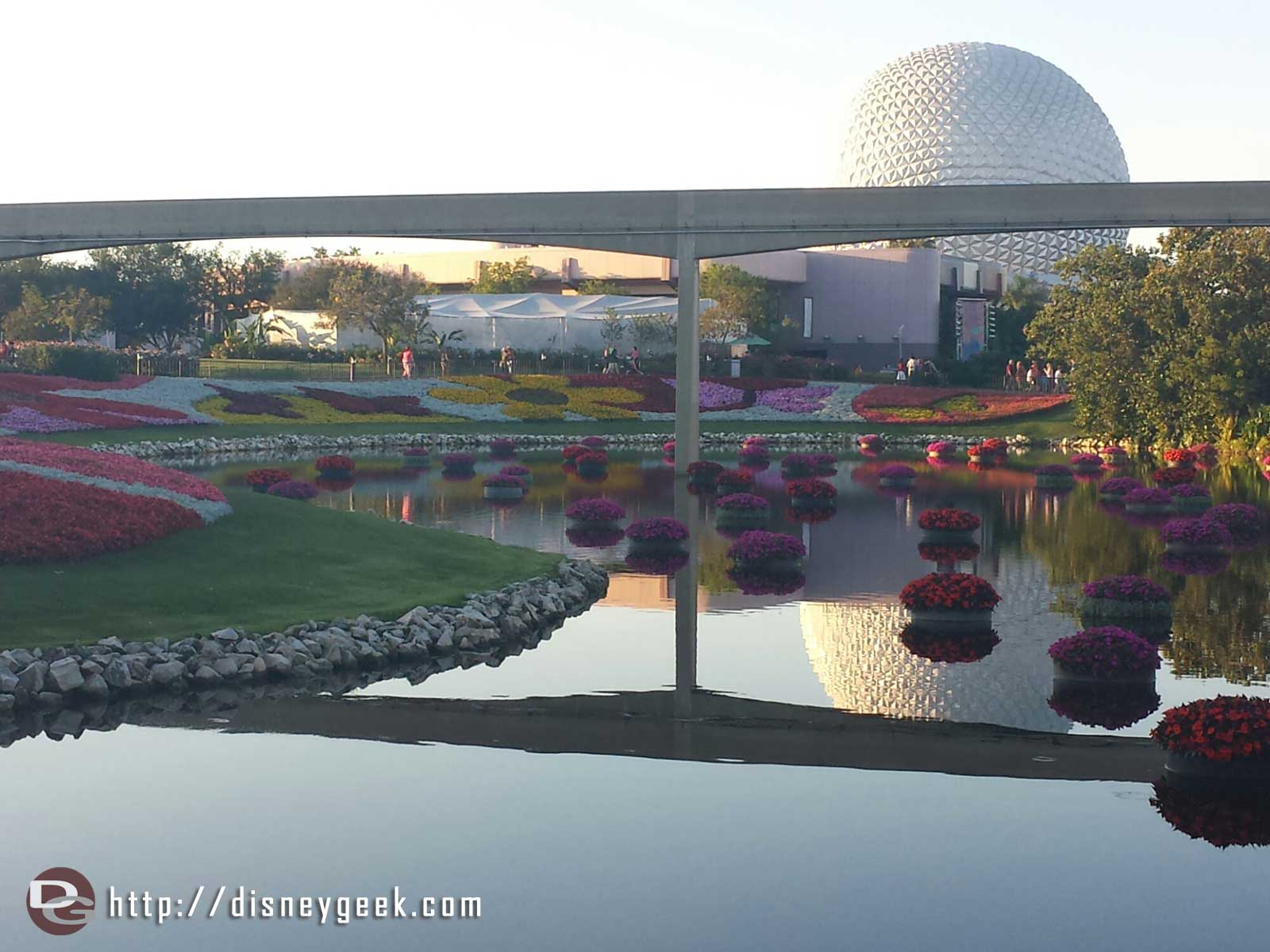 Had to pause for this picture along the way. But could not wait for a Monorail. Thought the reflection was great though.
