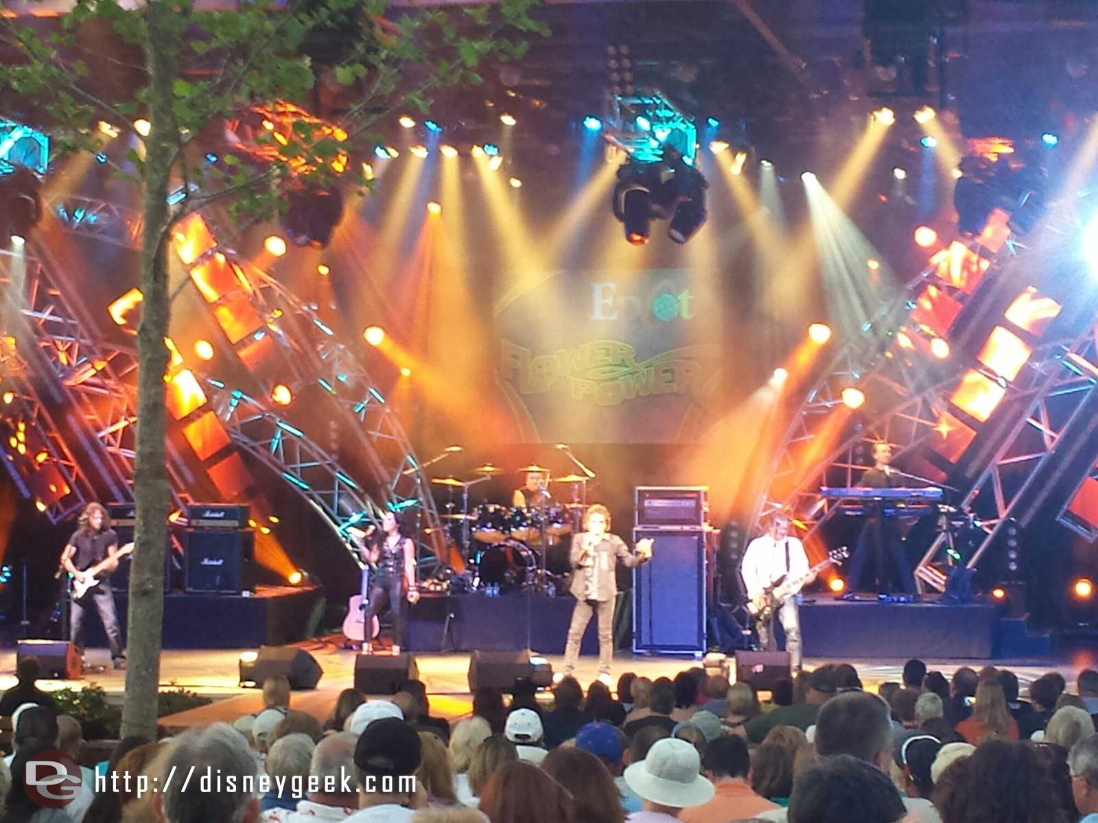 Starship starring Mickey Thomas performing tonight for the Flower Power Concert #Epcot