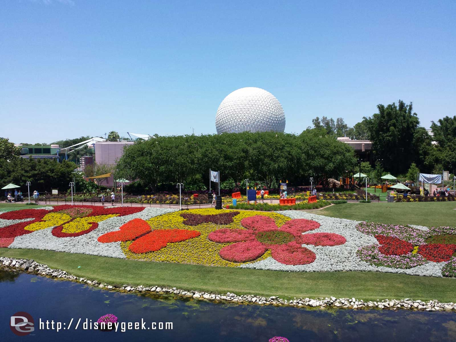 #Epcot International Flower and Garden Festival flower beds from the Monorail
