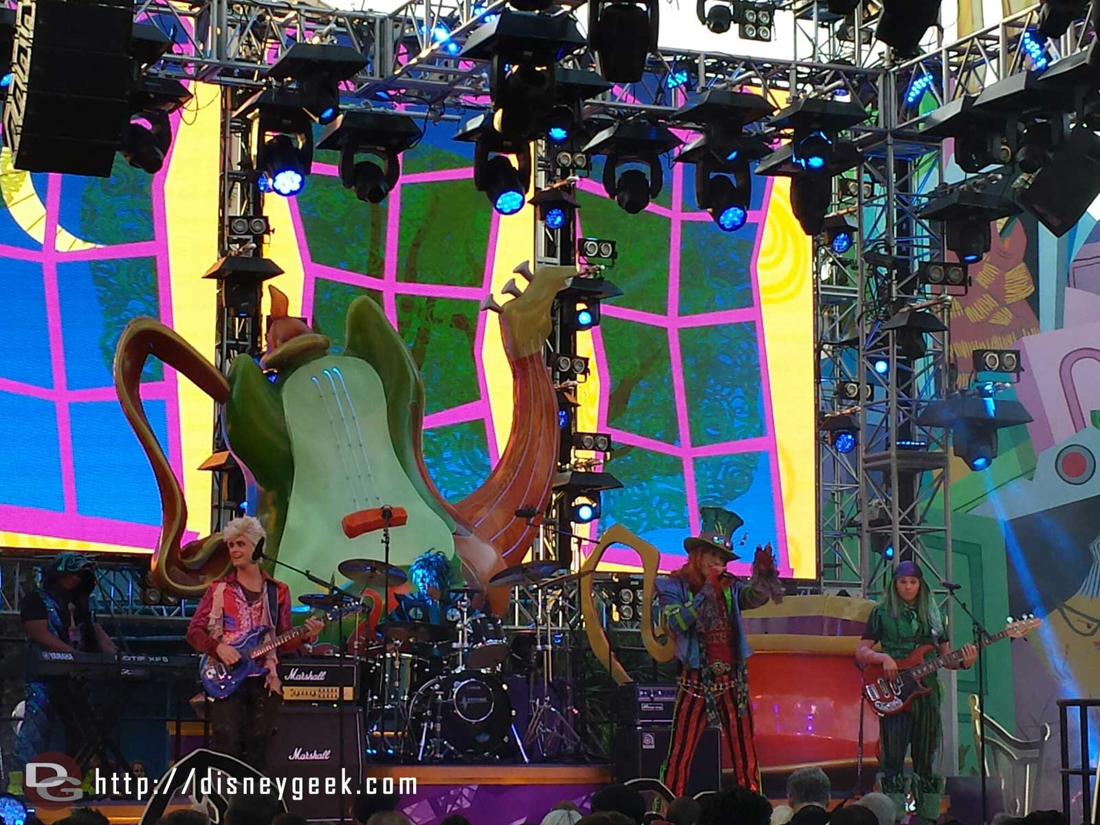The #MadTParty band performing