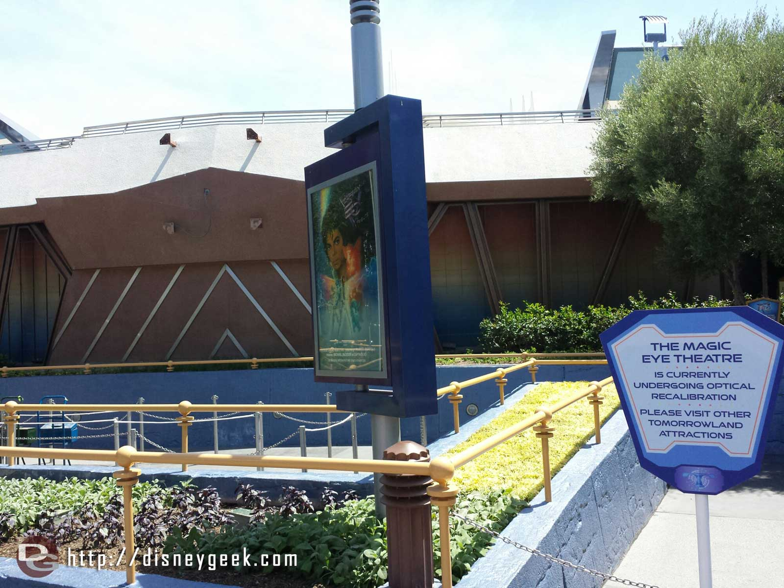 Captain EO is closed and prepartions for the Guardians of the Galaxy preview, the sign on the theater has been removed.