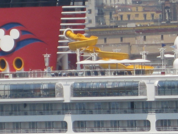 Disney Magic in Naples, Italy - Twist 'n' Spout