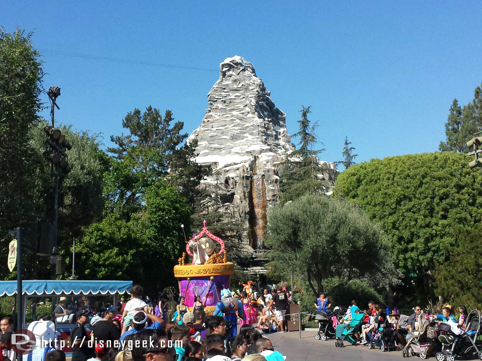 Soundsational is stopped.  Aladdin near the Matterhorn.  Opening float in the hub.
