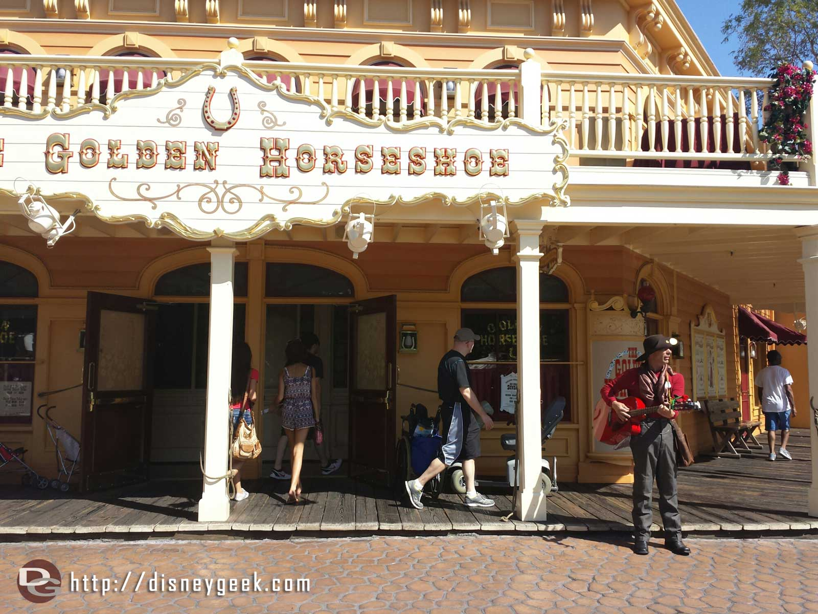 Billy was roaming around outside the Golden Horseshoe