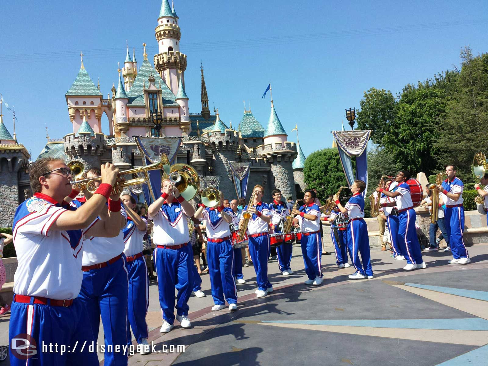 2014 #Disneyland All-American College Band Castle set time