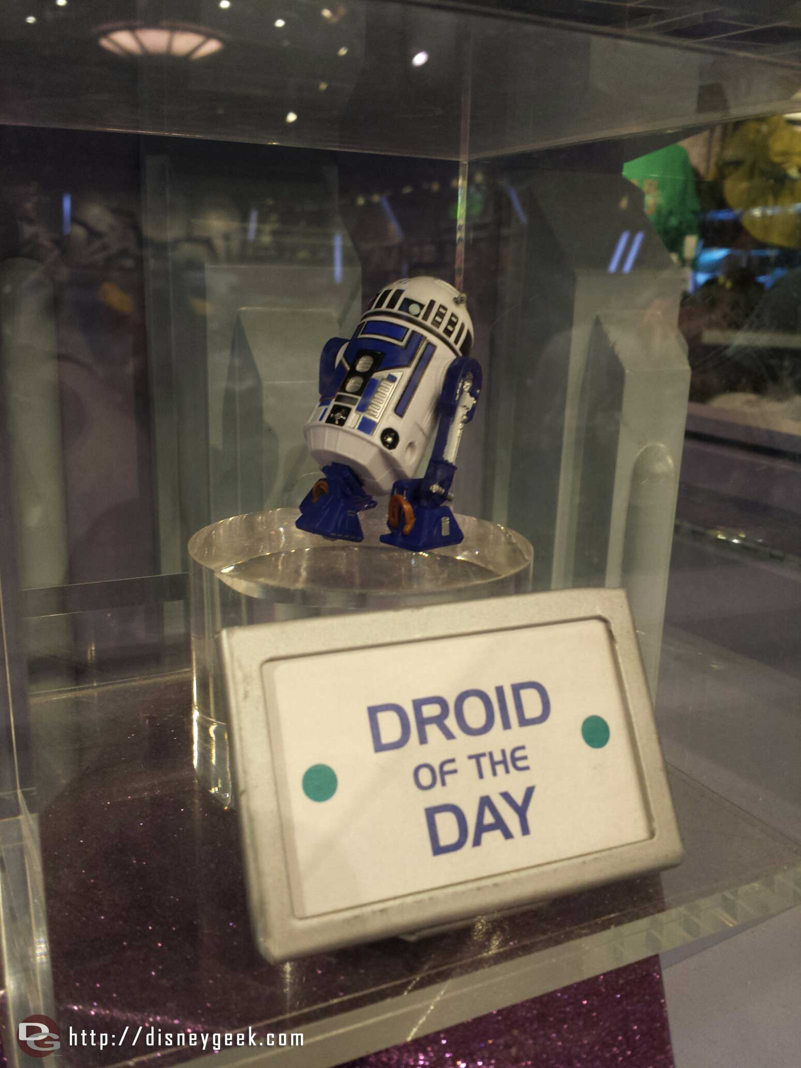 The Droid of the day in the Star Trader #Disneyland