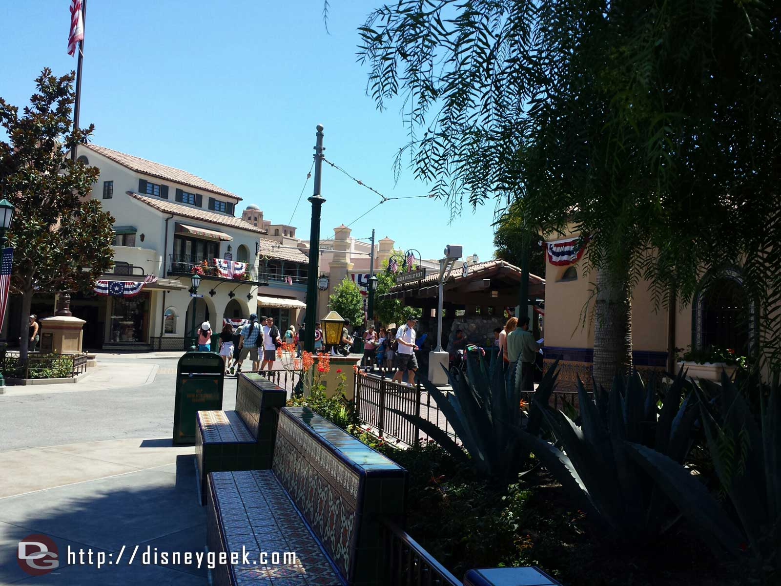 Arriving on #BuenaVistaStreet to start my visit to the #Disneyland resort today