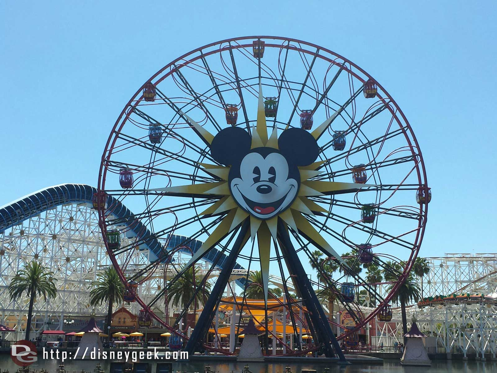 Mickey's Fun Wheel – Paradise Pier – Disney California Adventure