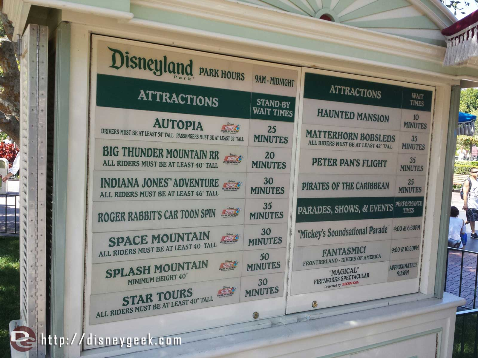 #Disneyland waits as of 2:51pm