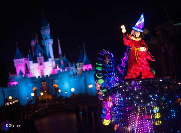"""Disney Paint the Night"" Mickey & Friends Finale Unit For the grand finale, Mickey Mouse is the star of the celebration and takes center stage – riding high above our heads and leading the way to brighten up the Park with happiness and vibrant colors."