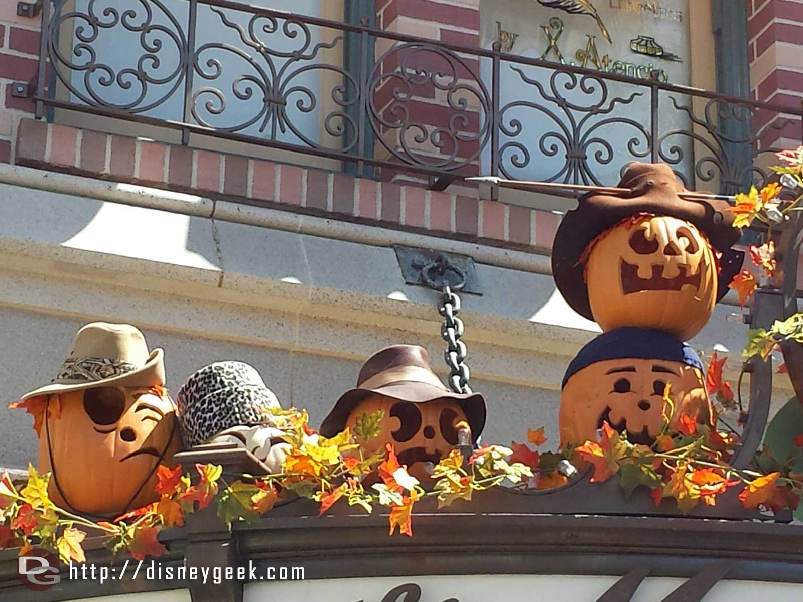Main Street USA pumpkins, this group on the Mad Hatter #Disneyland