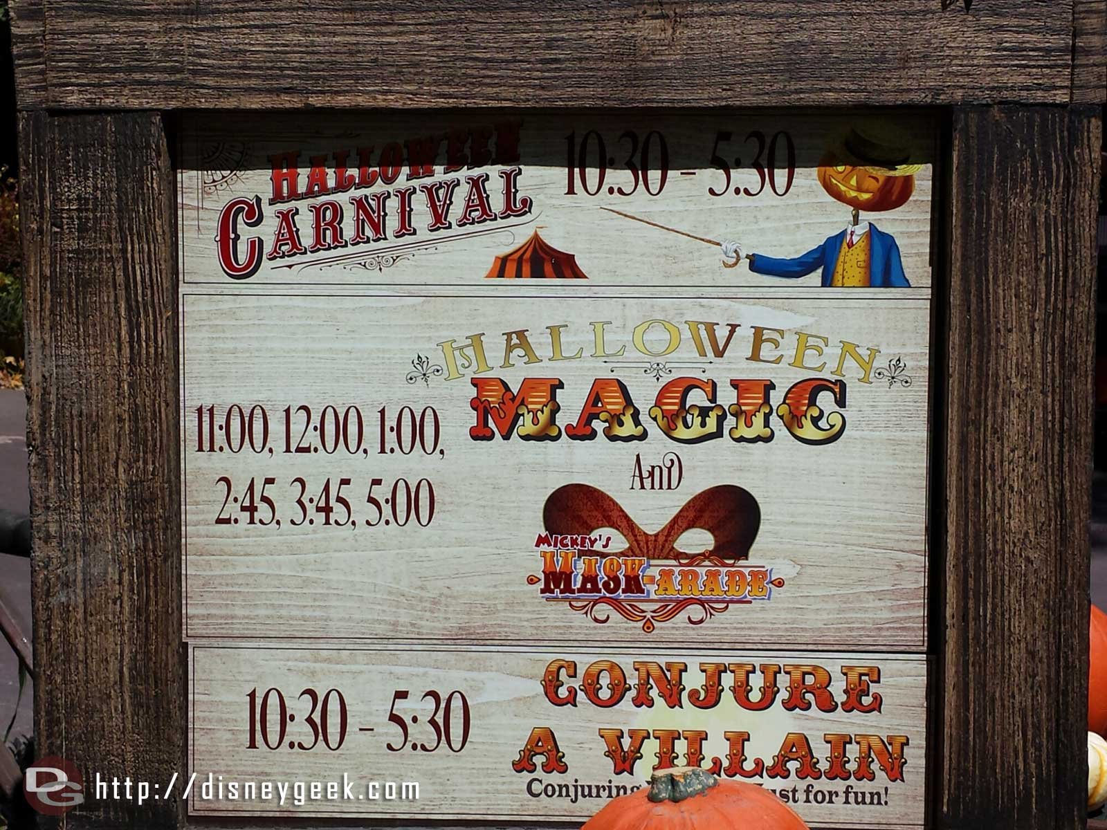 The Halloween Carnival has returned to the Big Thunder Ranch Jamboree here is the schedule of events #Disneyland