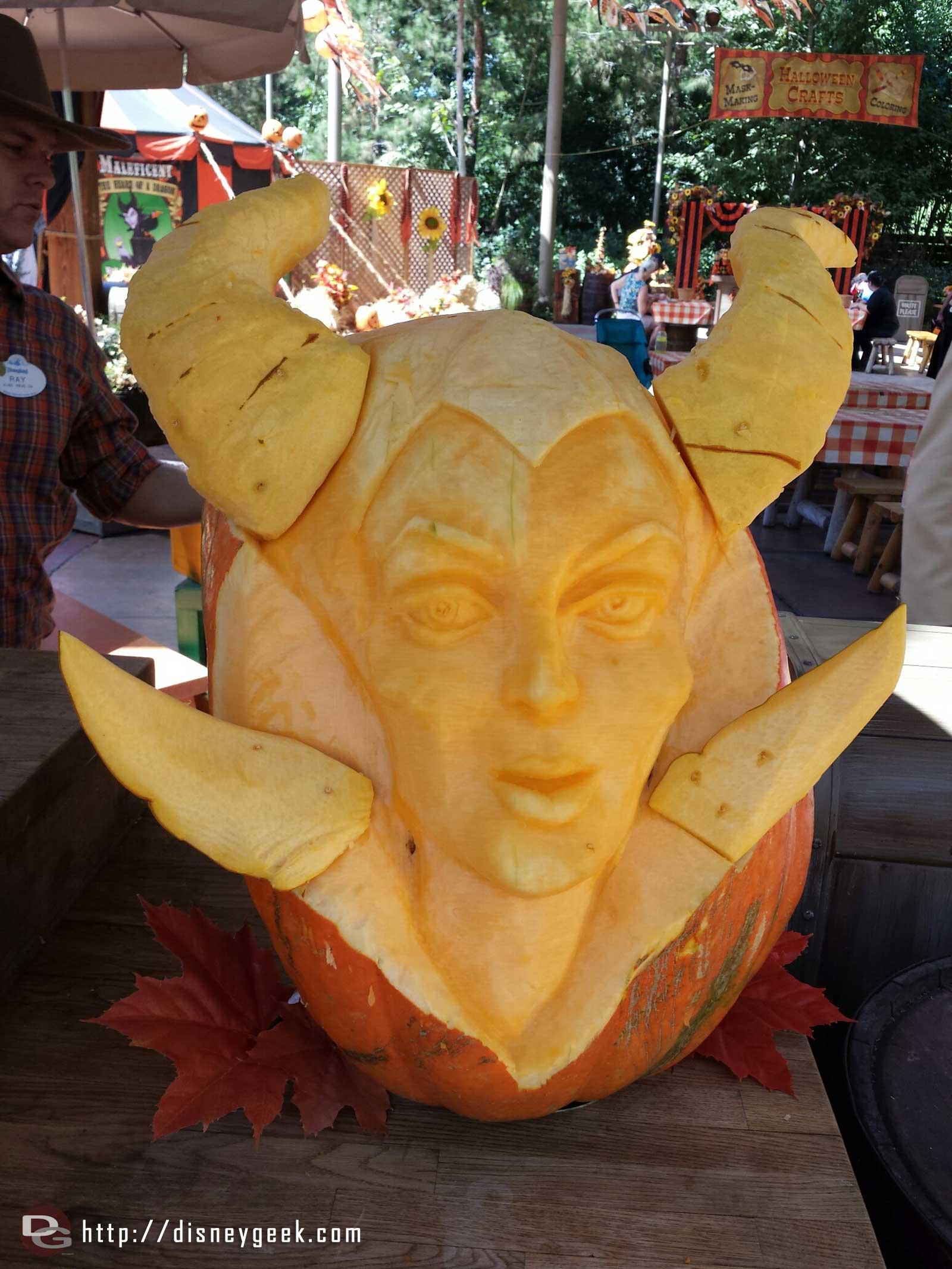 Maleficent – Pumpkin carving at the Big Thunder Ranch Jamboree #Disneyland