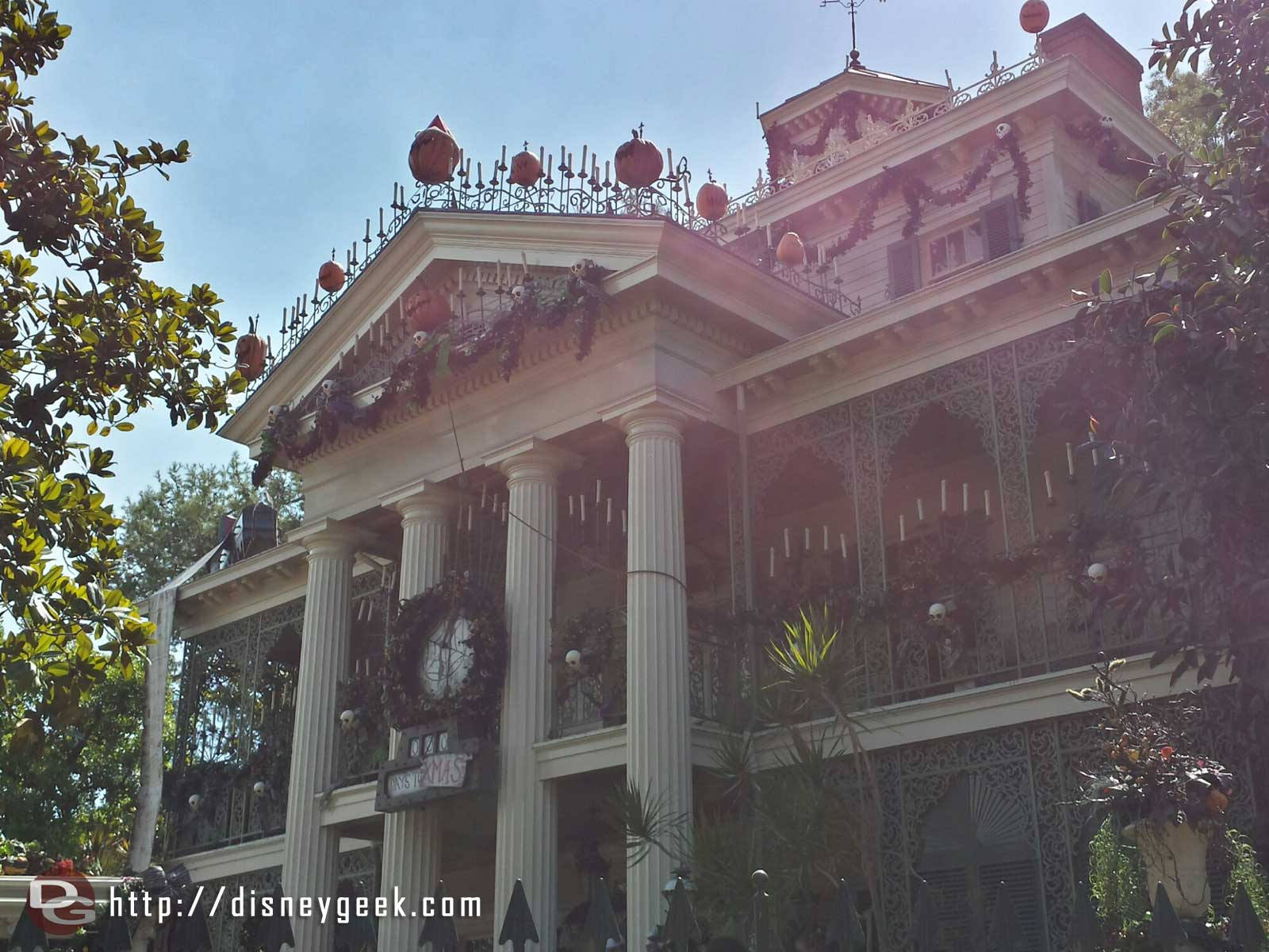 Haunted Mansion Holiday opened #Disneyland