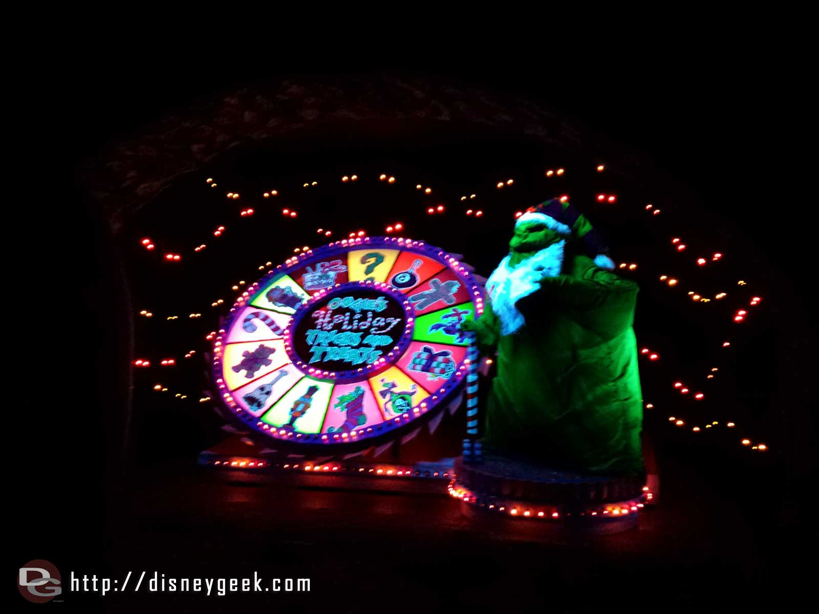 Haunted Mansion Holiday – Oogie's Holiday Tricks and Treats