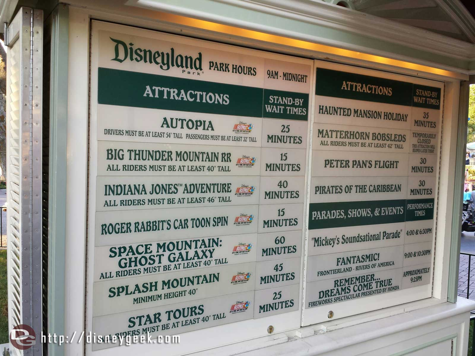 #Disneyland waits as of 5:55pm