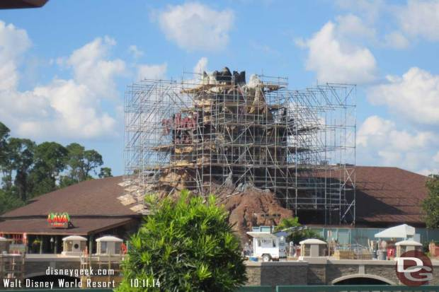 Disney Springs Causeway & Rainforest Cafe work