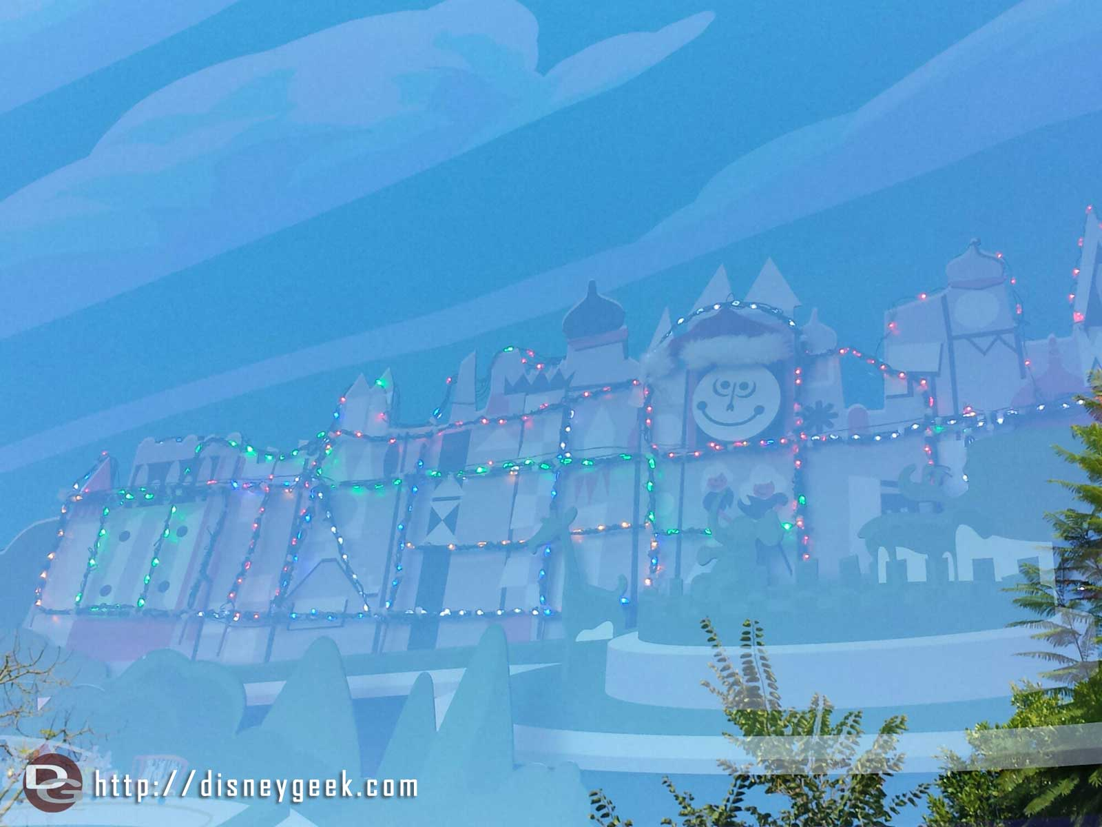 Christmas is arriving at the #Disneyland Resort. The World of Disney Small World has its lights