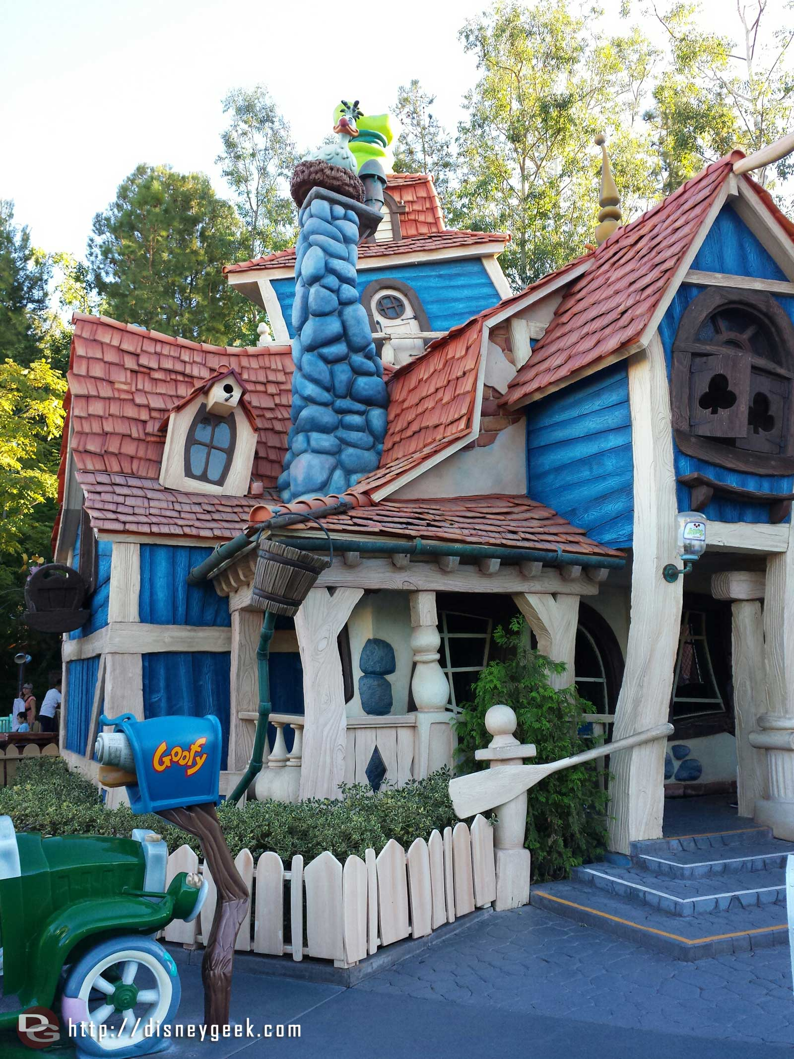 Goofy's House in Toontown #Disneyland
