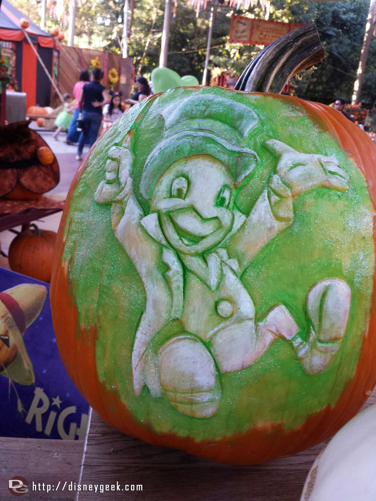 The completed Jiminy pumpkin at the Big Thunder Ranch Jamboree Halloween Carnival #Disneyland