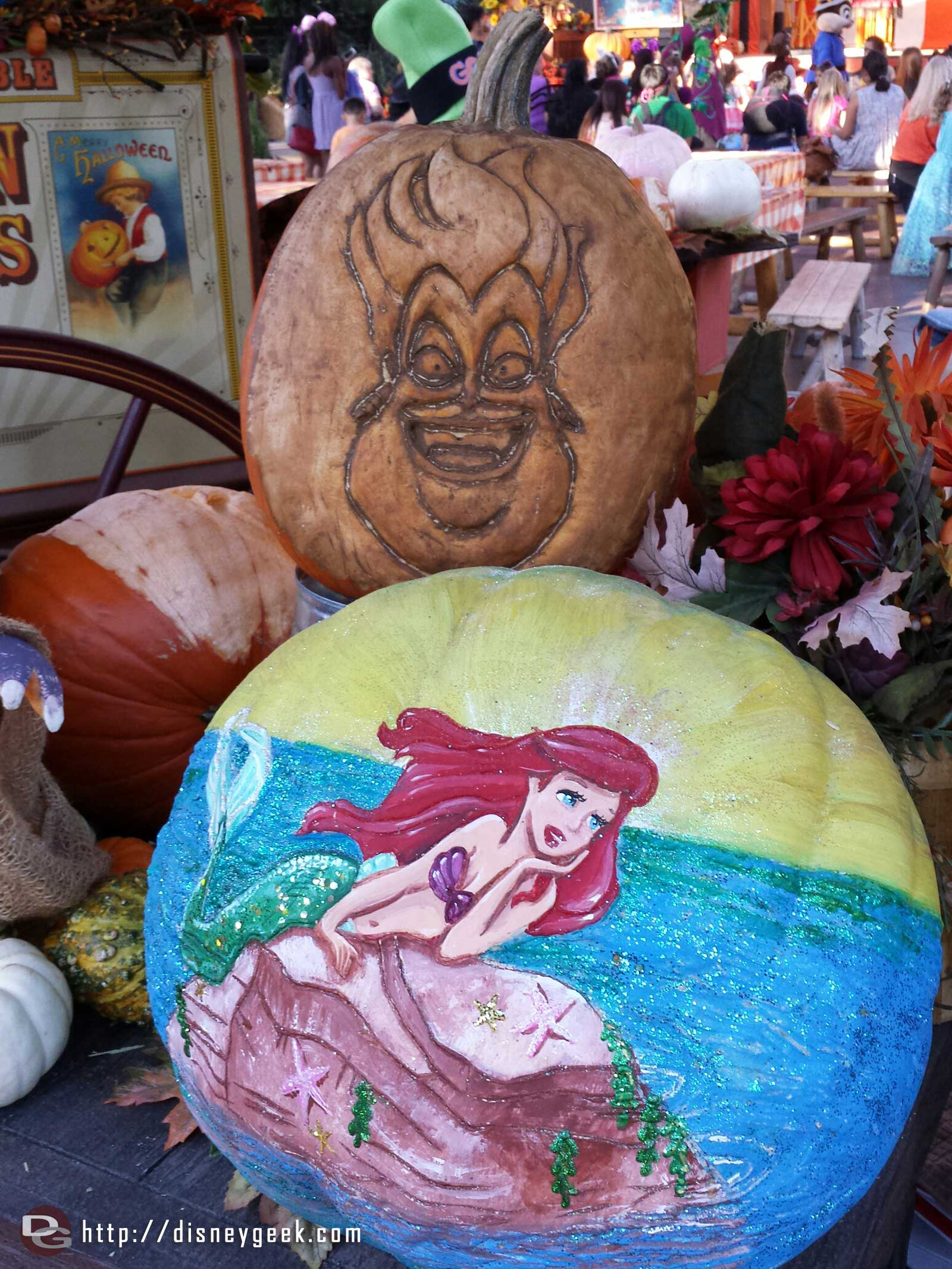 Ursula & Ariel pumpkins at the Big Thunder Ranch Jamboree Halloween Carnival #Disneyland