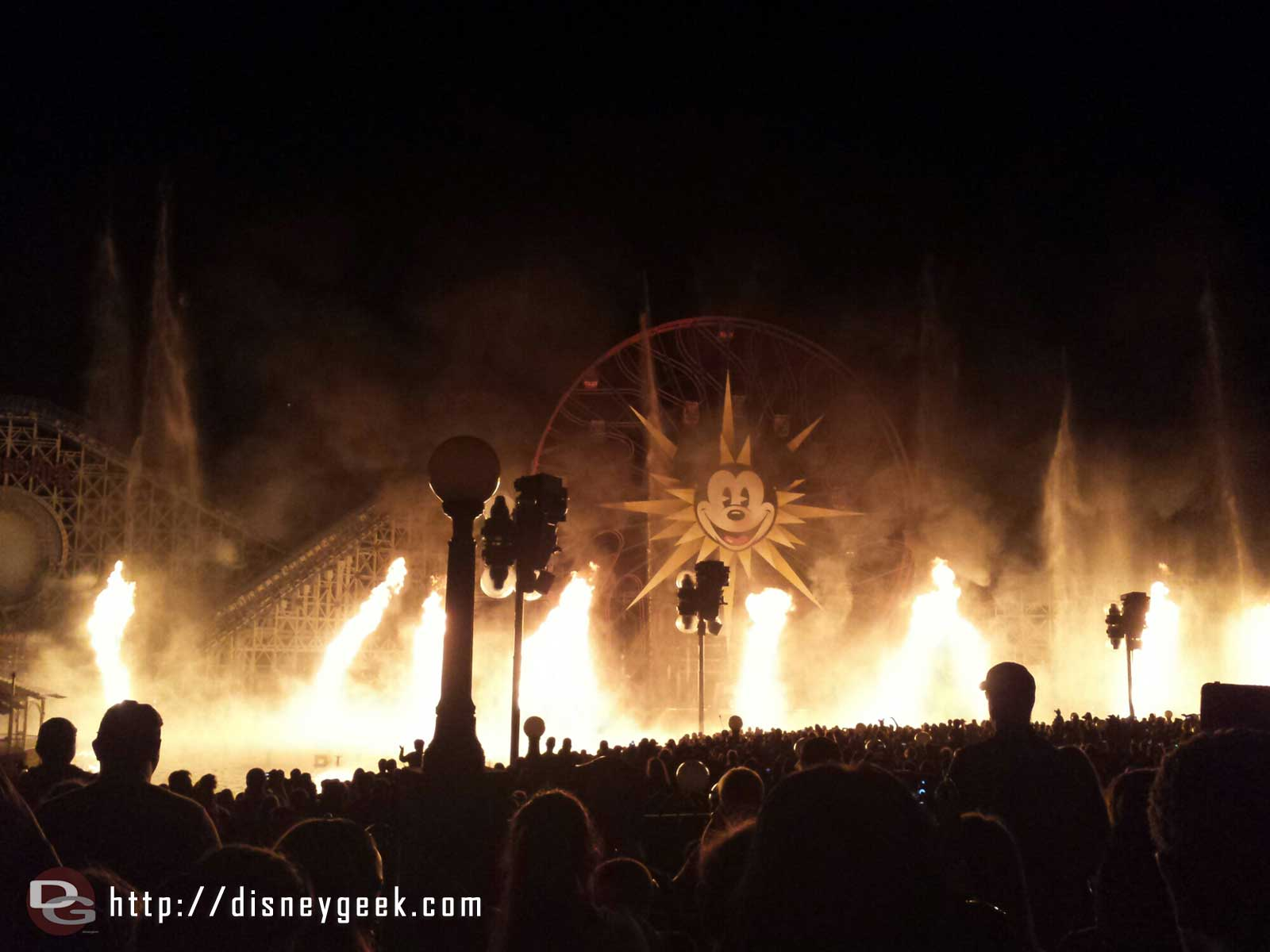 World of Color – Pirate's fire
