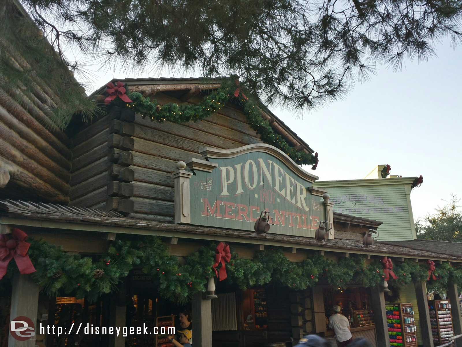 Pioneer Mercantile Christmas decorations #Disneyland