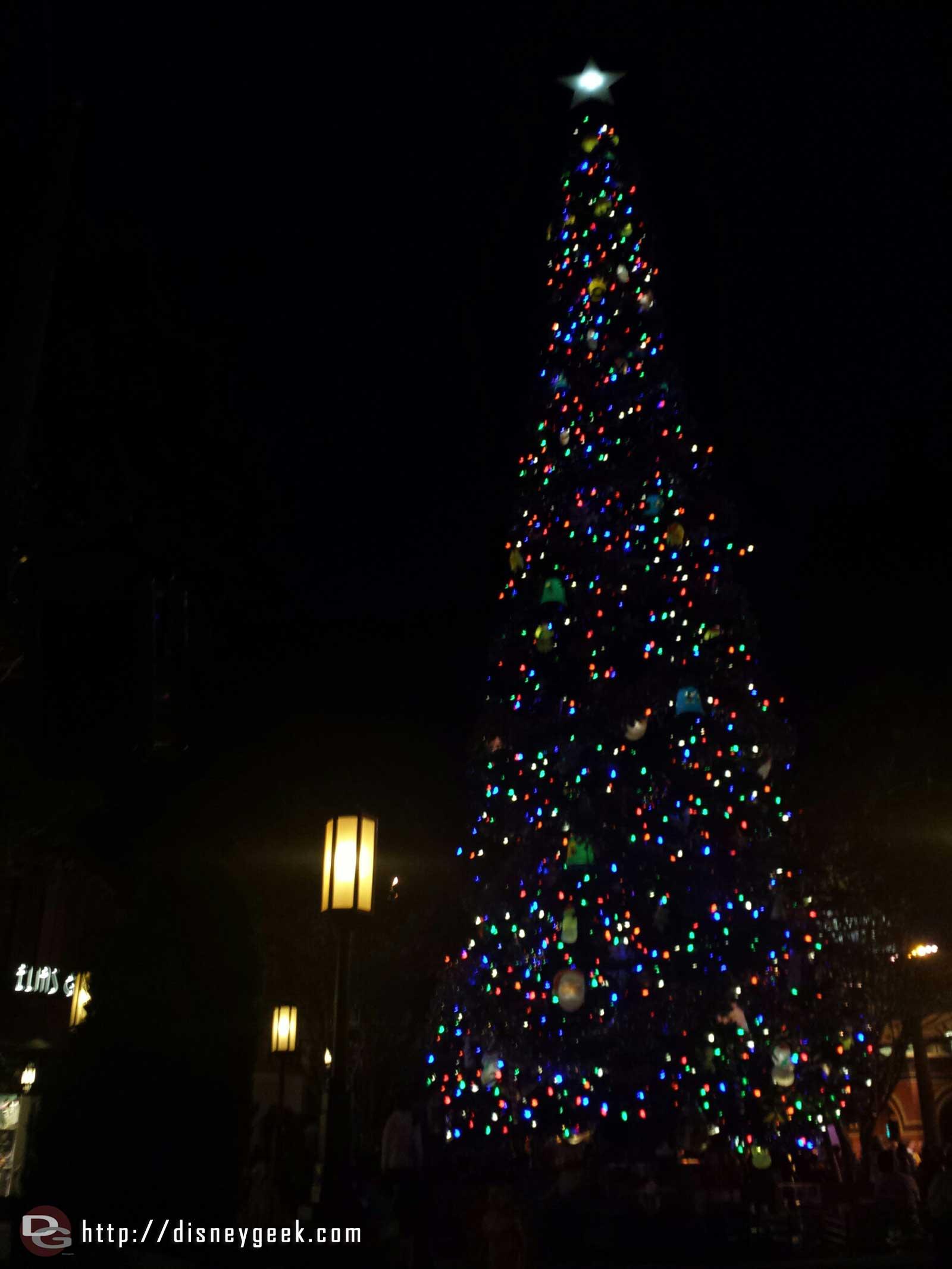 The #BuenaVistaStreet Christmas tree lit up