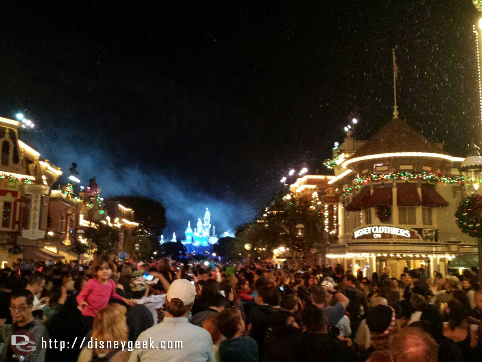 Snow flurries to end Believe in Holiday Magic #Disneyland