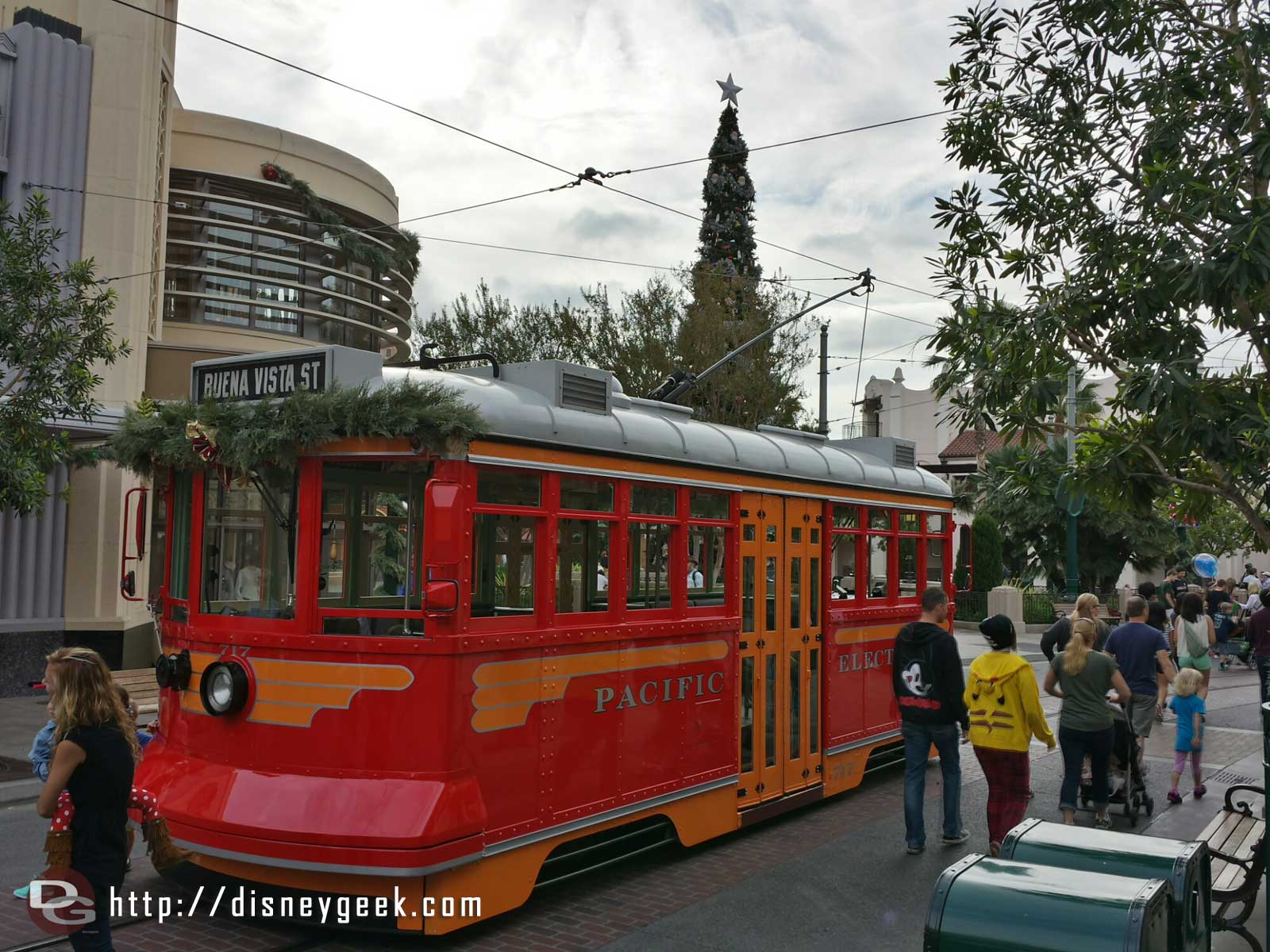 A Red Car out for pictures on #BuenaVistaStreet this morning before park opening