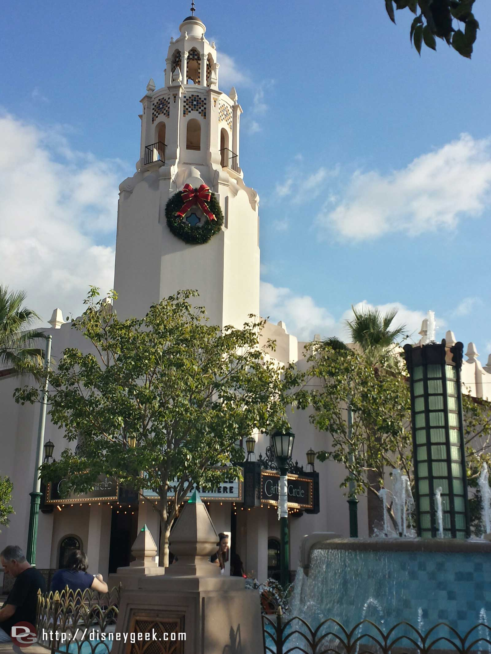 The Carthay Circle Restaurant with a Christmas wreath #BuenaVistaStreet