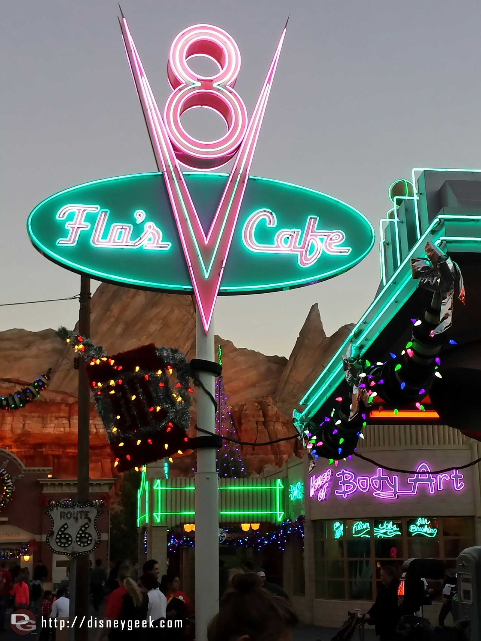 Flo's V8 Cafe sign  neon & Christmas lights #CarsLand