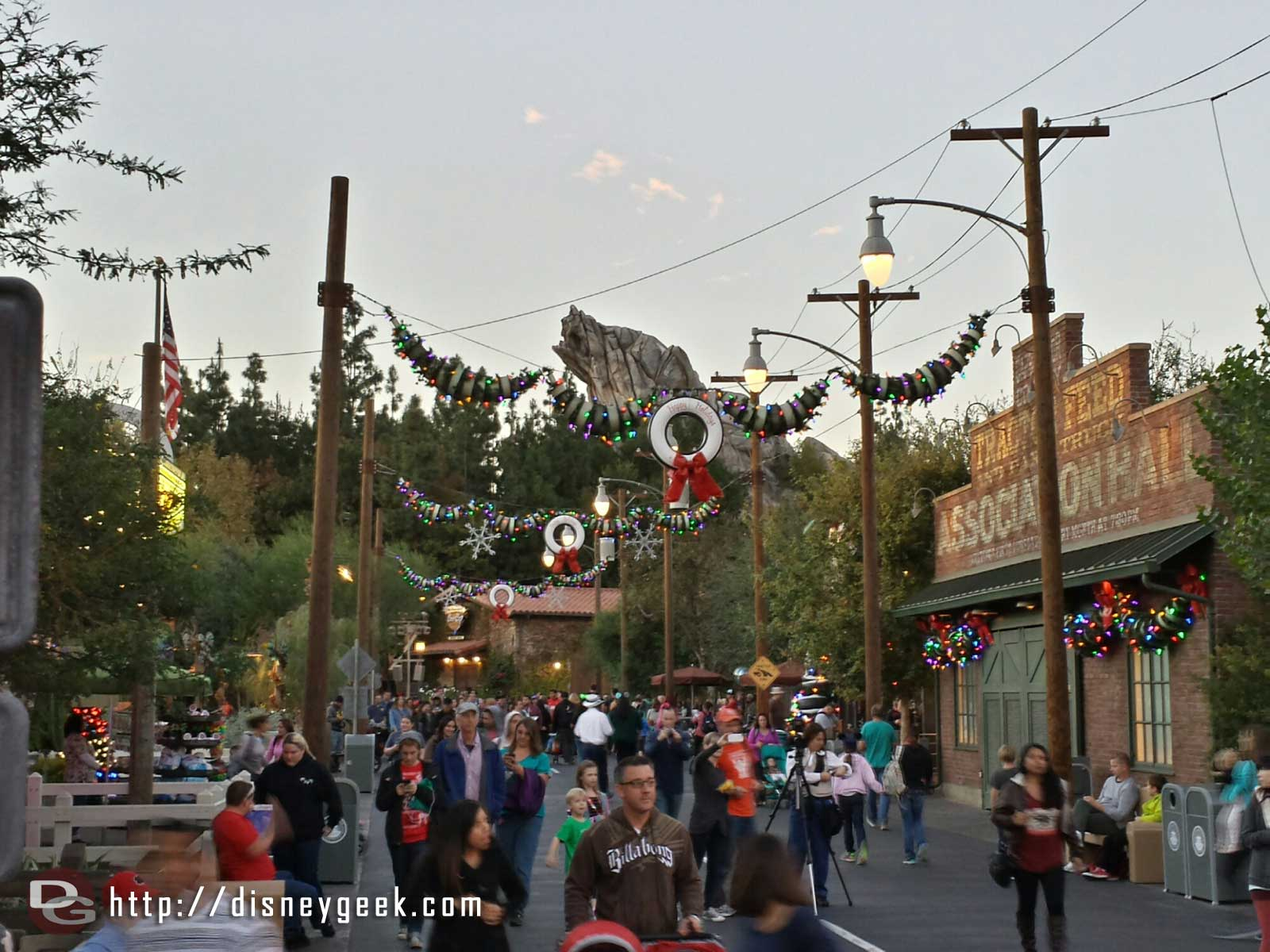 Route 66 with Grizzly Peak in the background #CarsLand