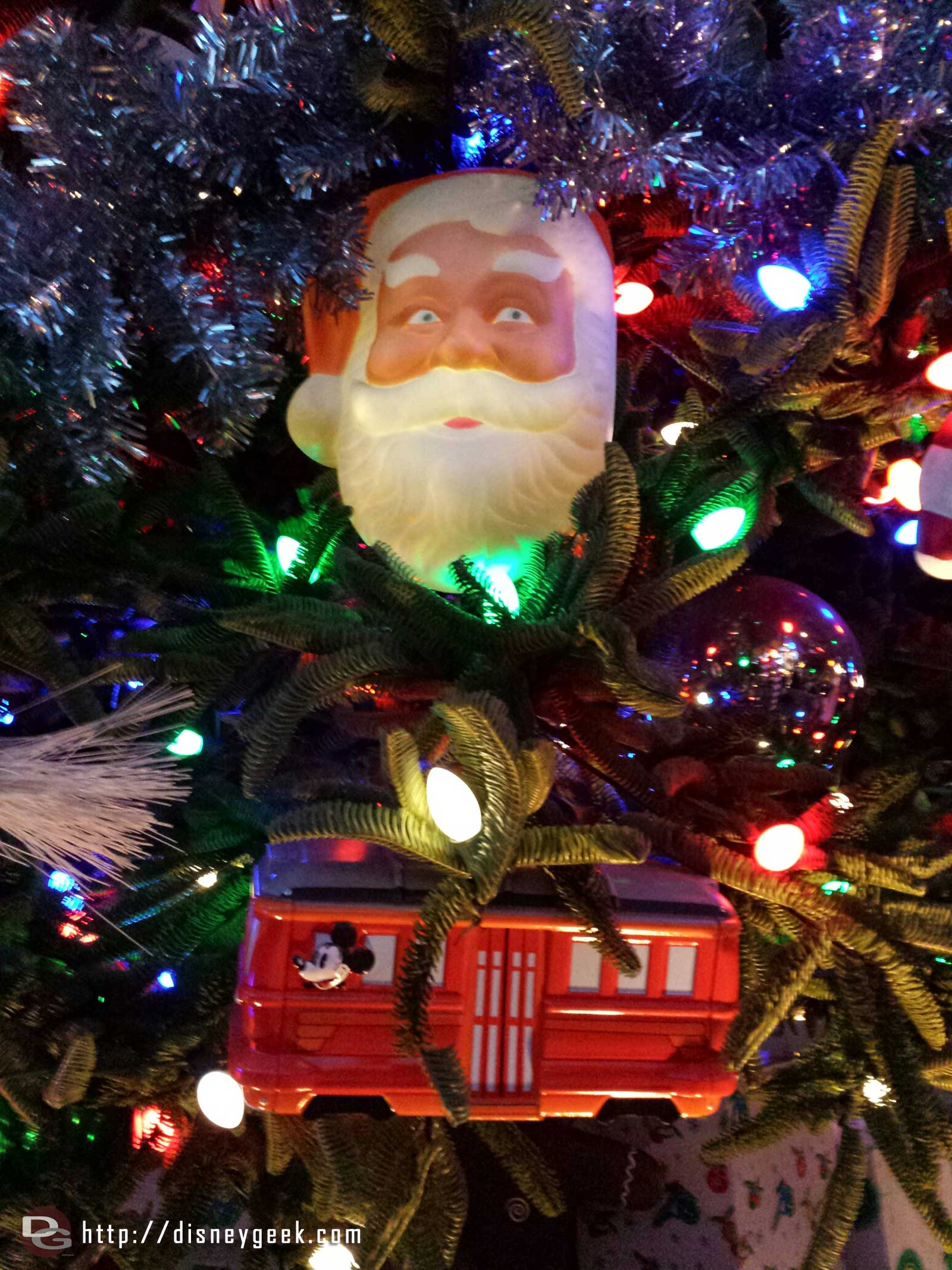 #BuenaVistaStreet tree Santa and Red Car ornaments