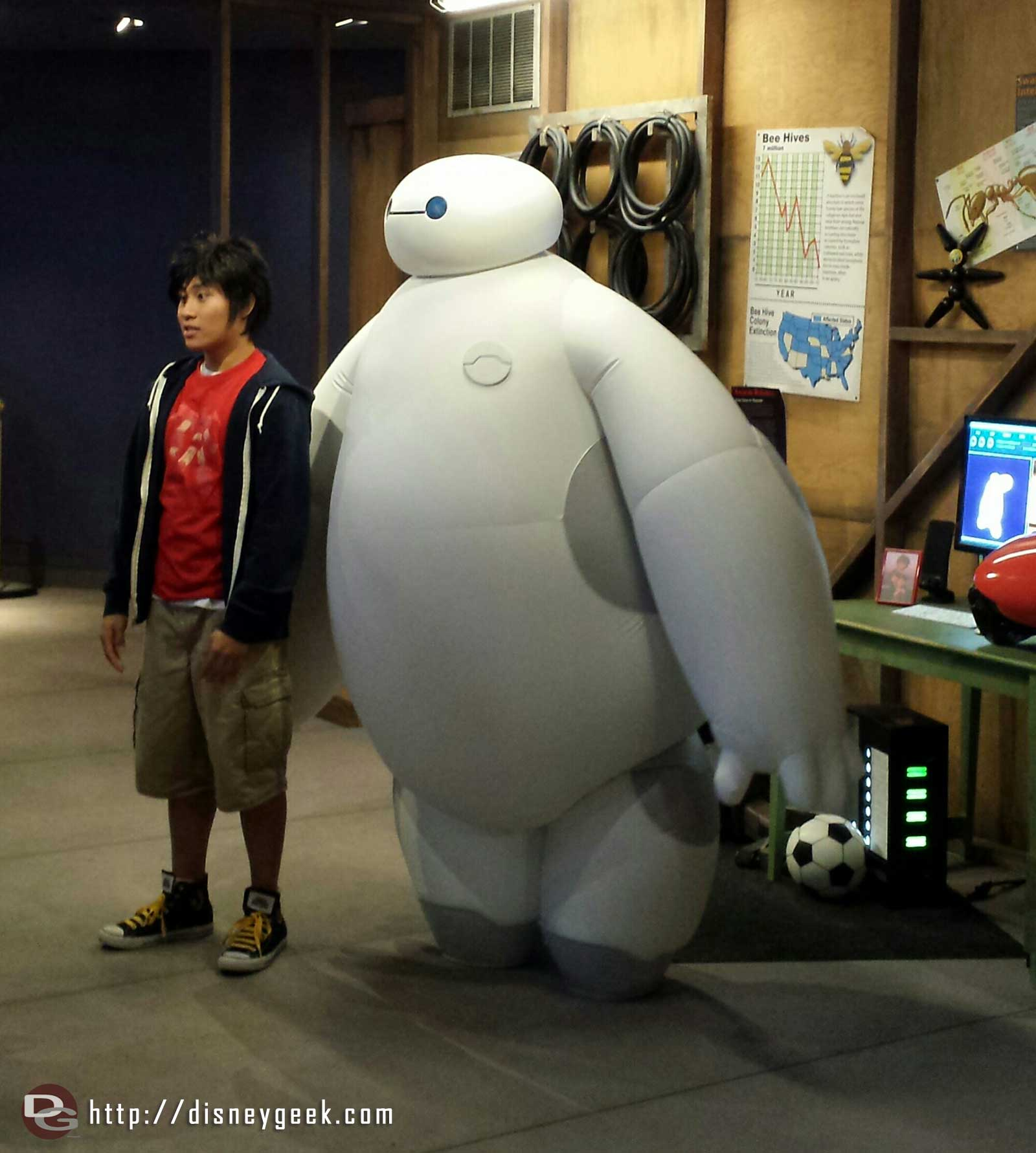 Hiro & Baymax at the #BigHero6 Meet & Greet in the Starcade #Disneyland