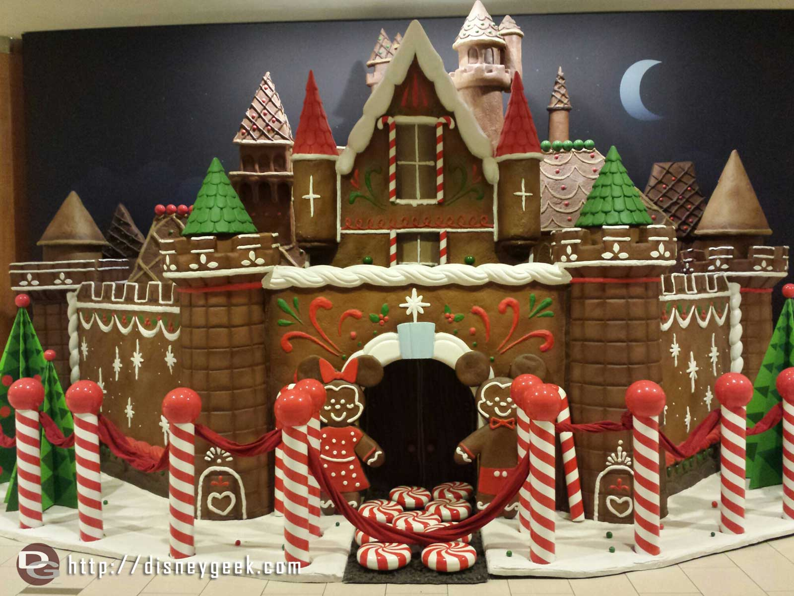 "A ""gingerbread"" Castle at the #Disneyland Hotel Fantasy Tower entrance"