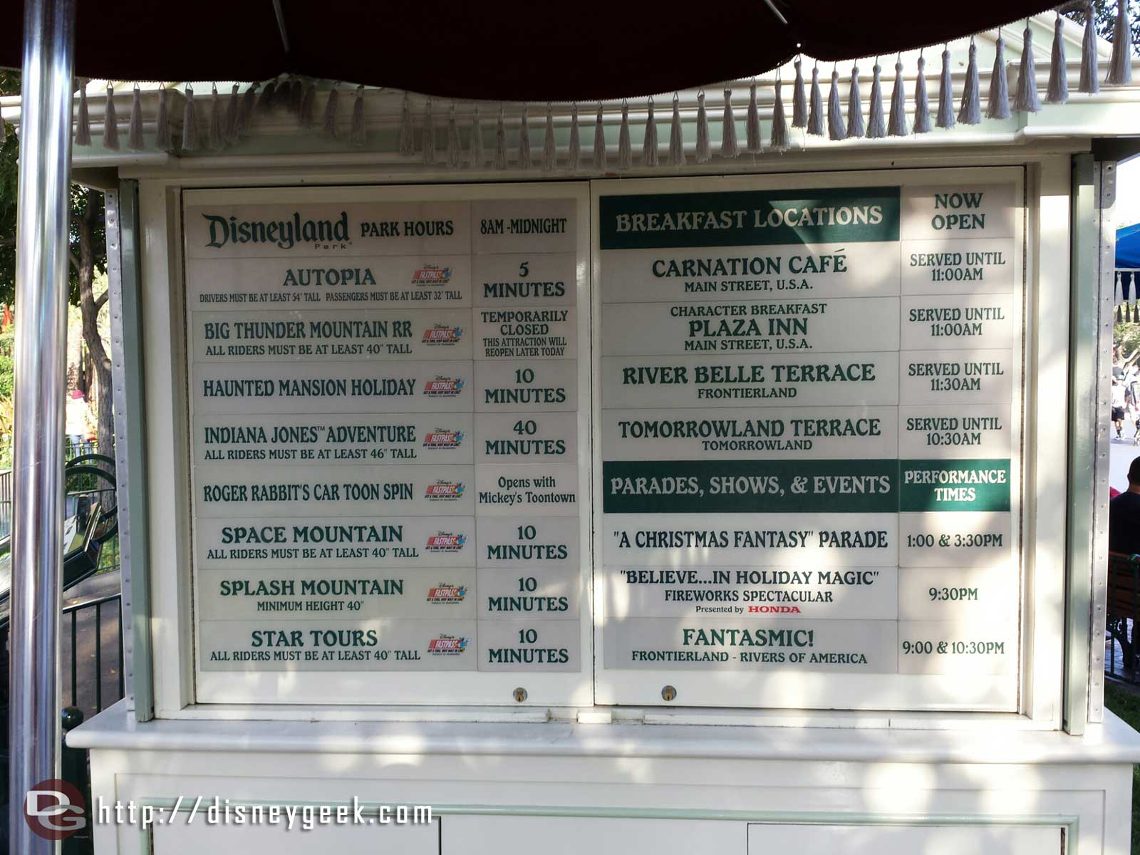 #Disneyland wait times as of 9:02am