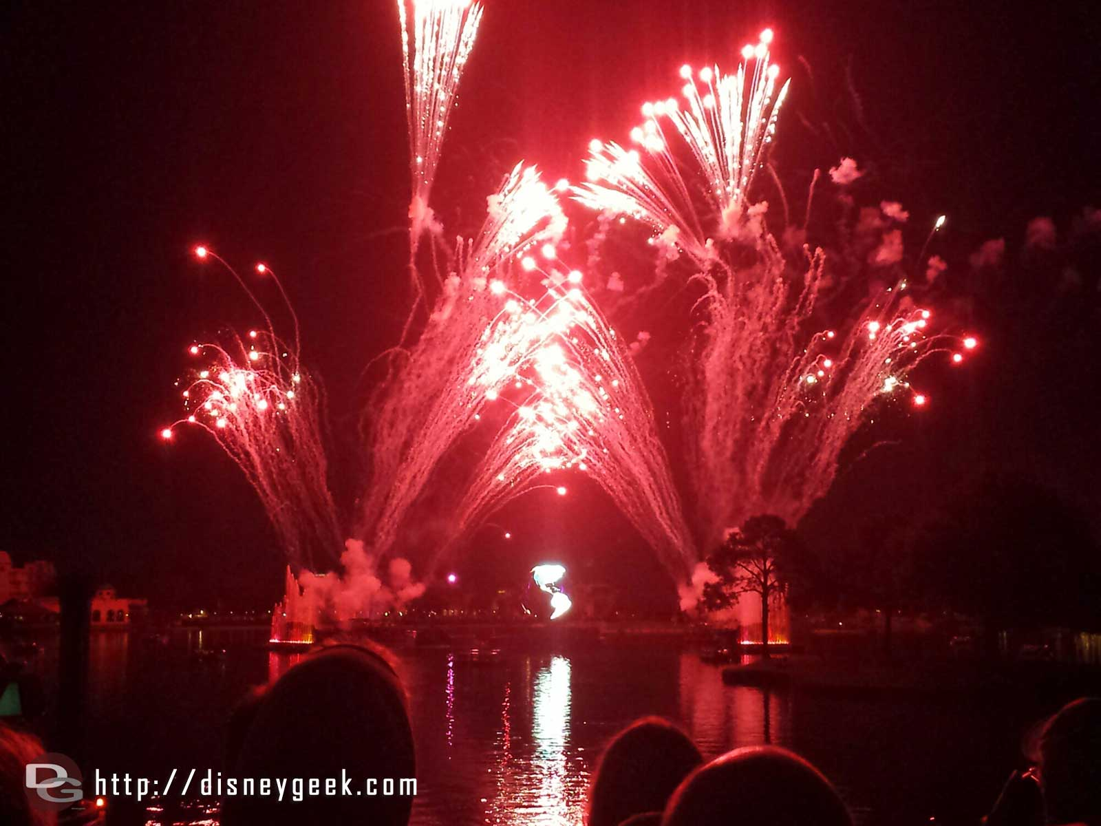 Closing out my day with Illuminations Reflections of Earth #Epcot #WDW