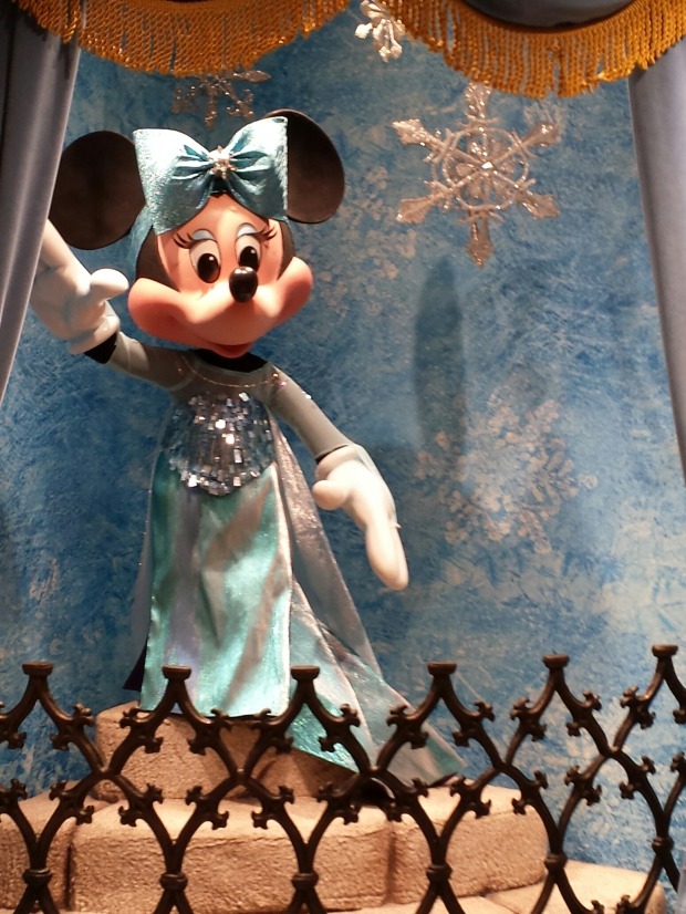 Minnie dressed as Elsa inside Sir Mickeys which now features a large selection of Frozen merchandise.