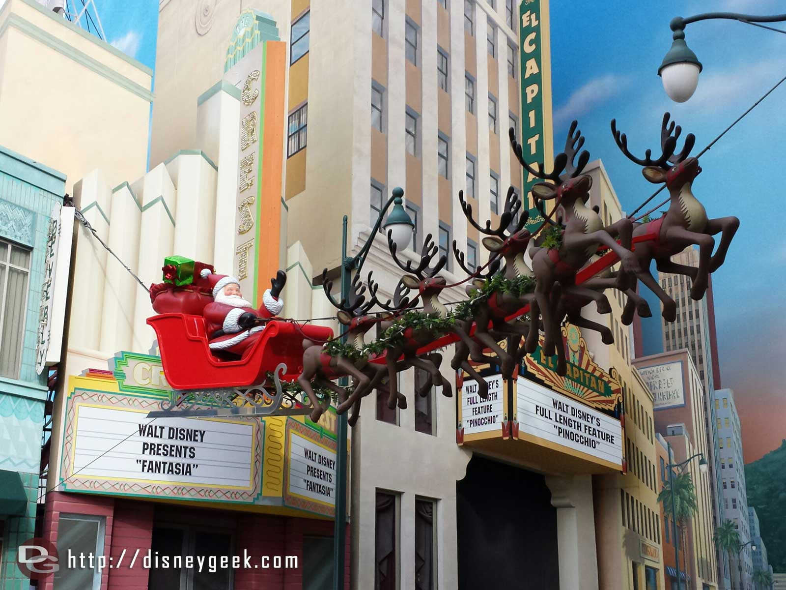 Santa & his reindeer in Hollywood Land