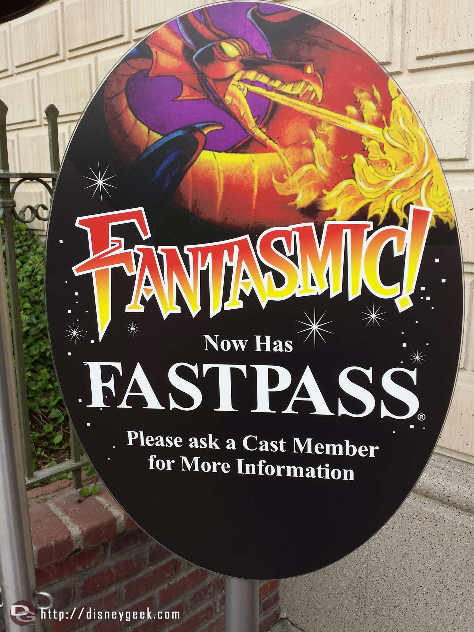 #Fantasmic now has FastPass at #Disneyland
