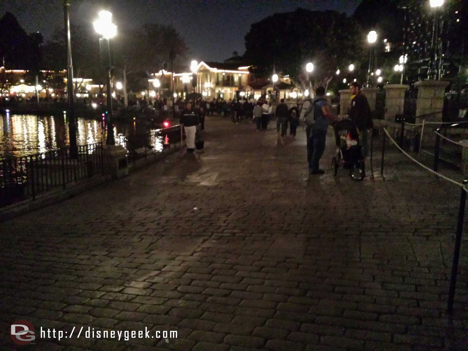 It seems odd to walk along a nearly empty Rivers of America after dark on a #Fantasmic night #Disneyland
