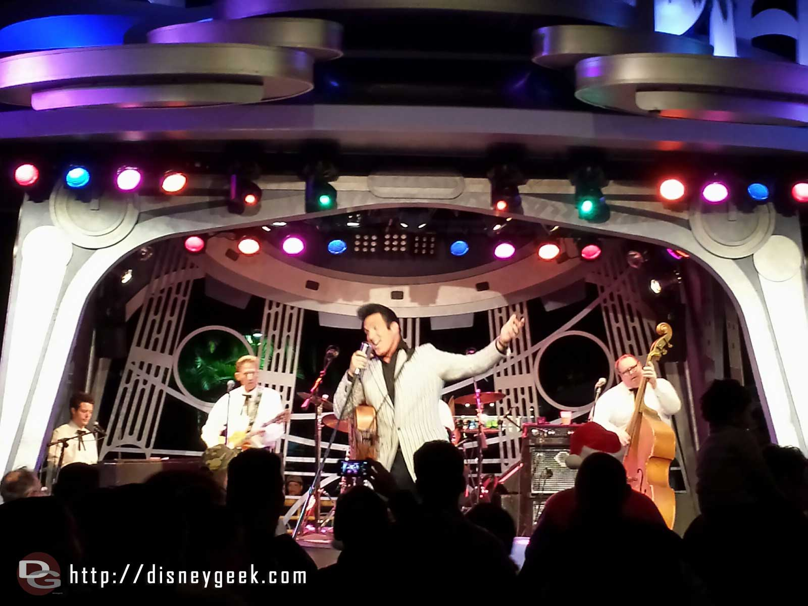 Time for #Elvis, Scot Bruce performing at Tomorrowland Terrace tonight #Disneyland