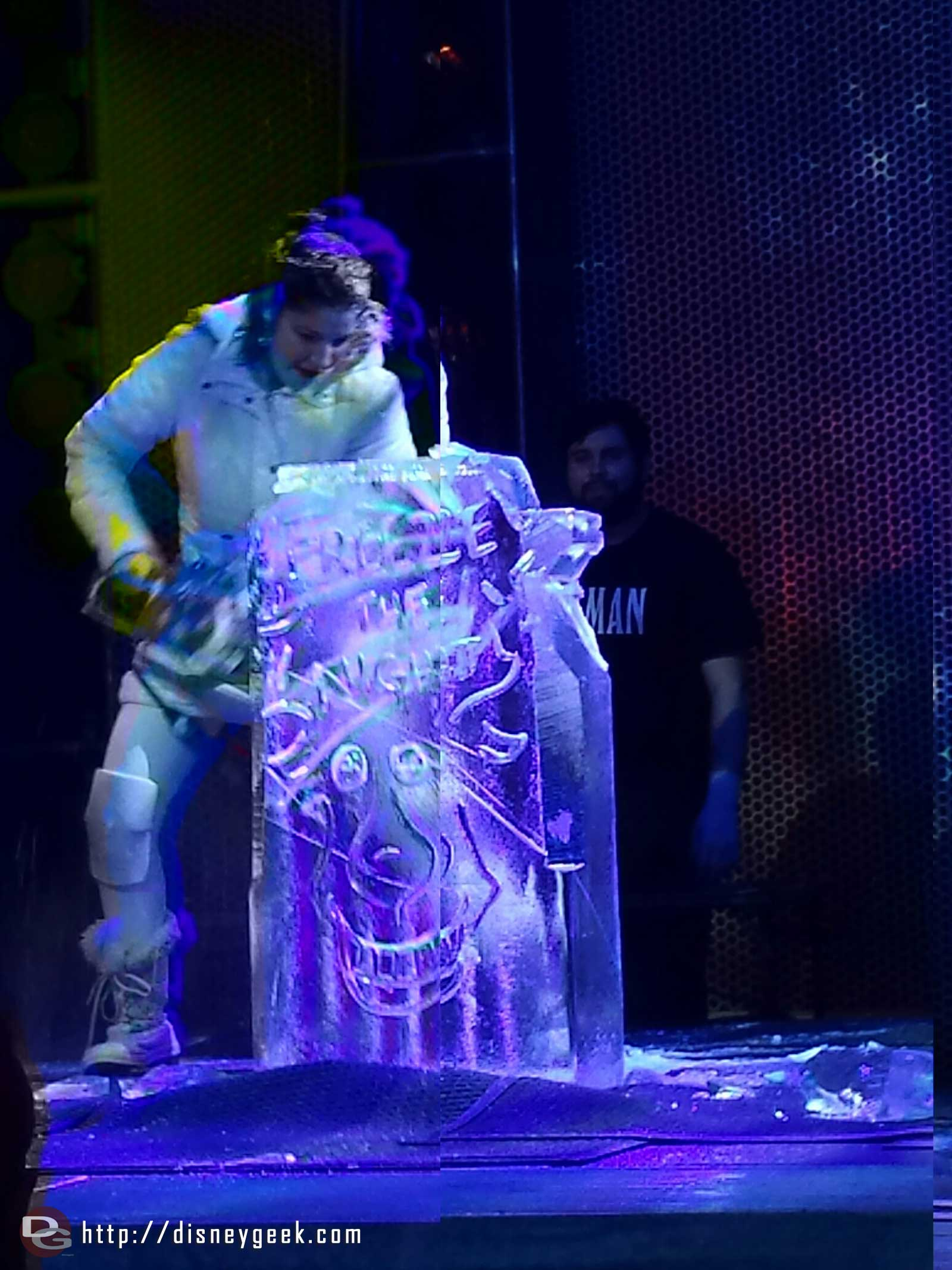 Ice carving at Freeze the Night #FrozenFun
