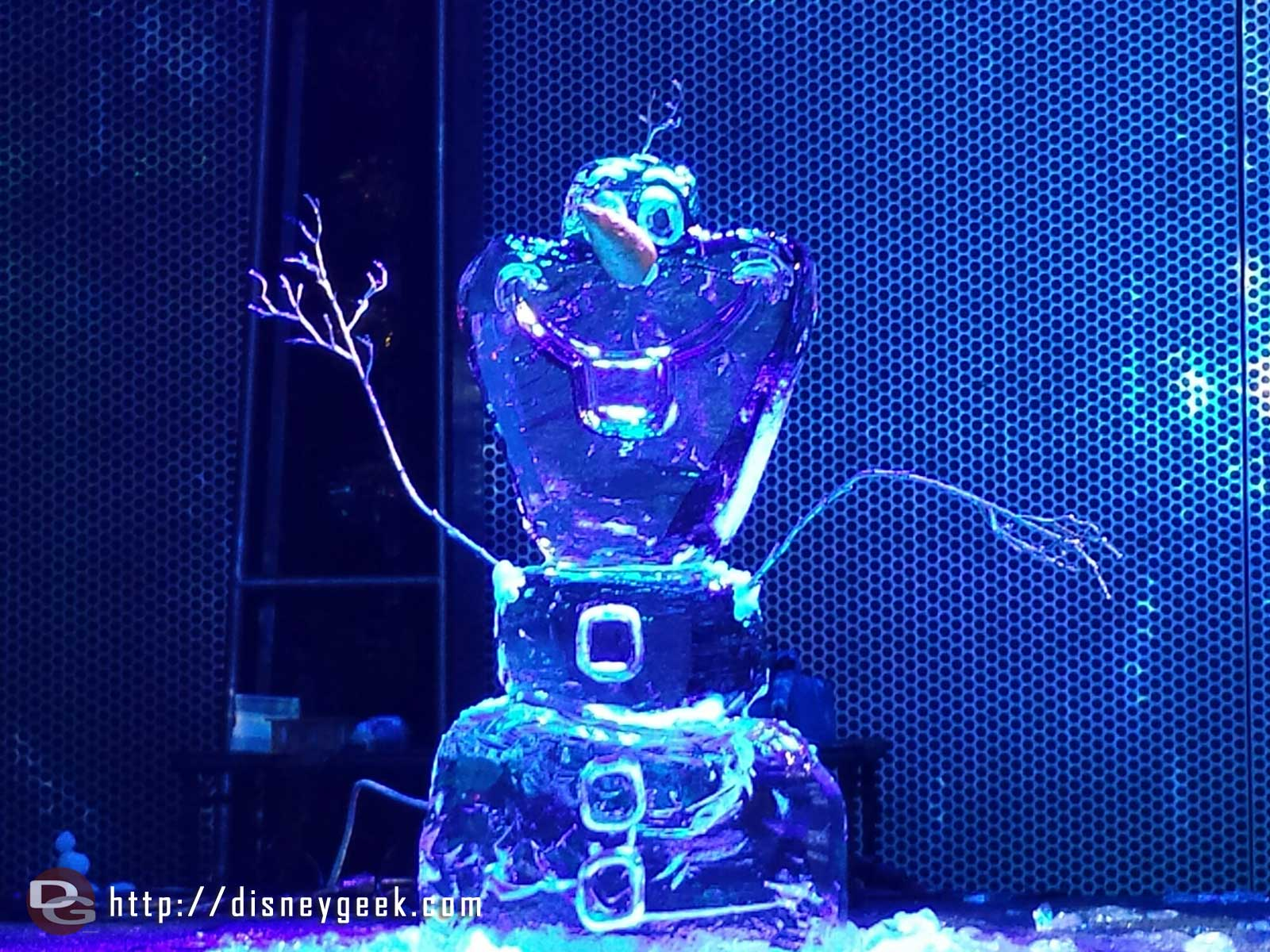 Olaf ice sculpture at Freeze the Night #FrozenFun