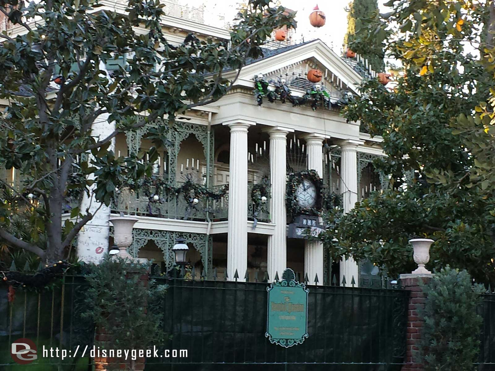 The Haunted Mansion is currently closed for removal of the holiday overlay #Disneyland
