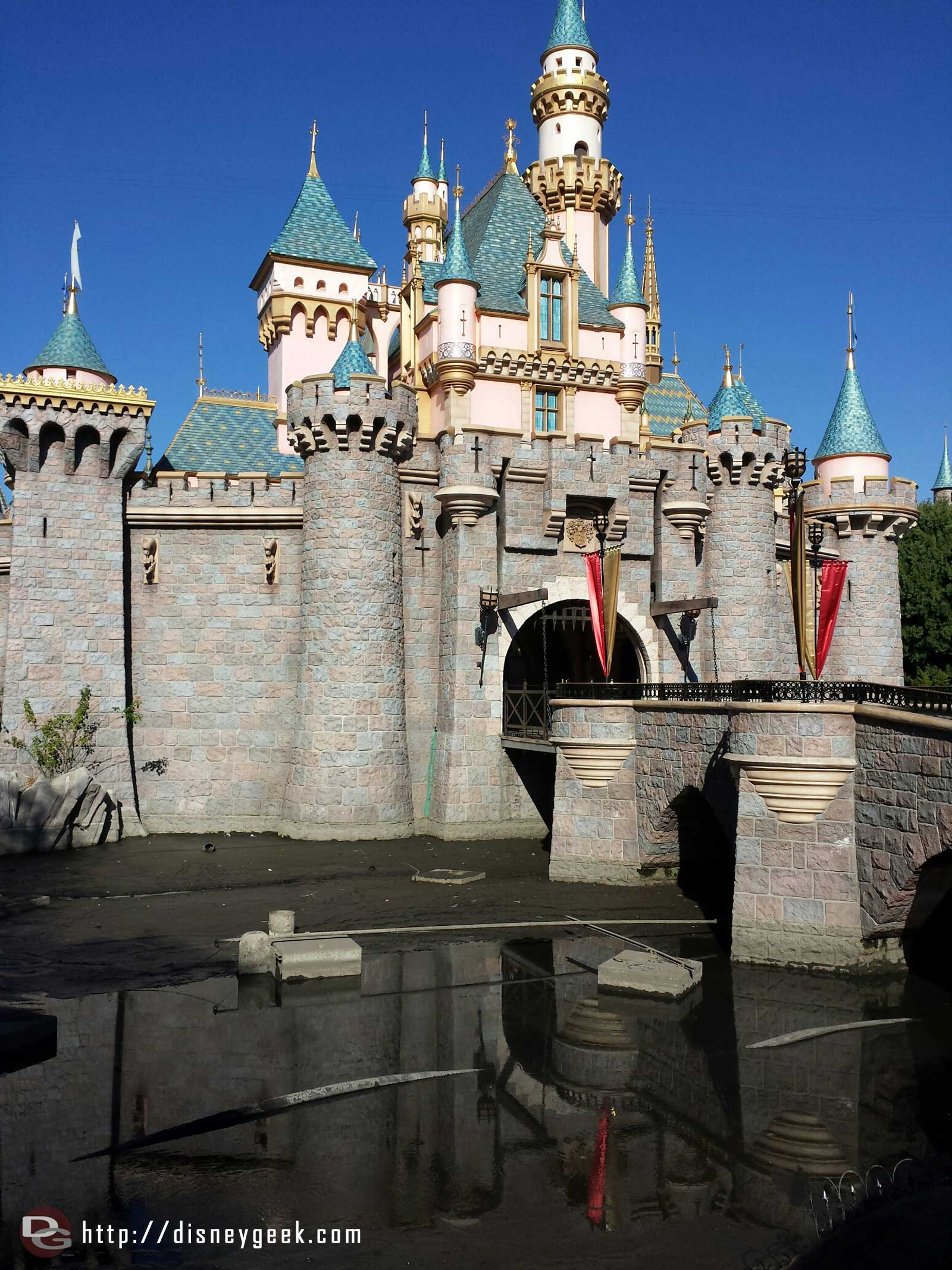 The moat in front of Sleeping Beauty Castle has been drained #Disneyland