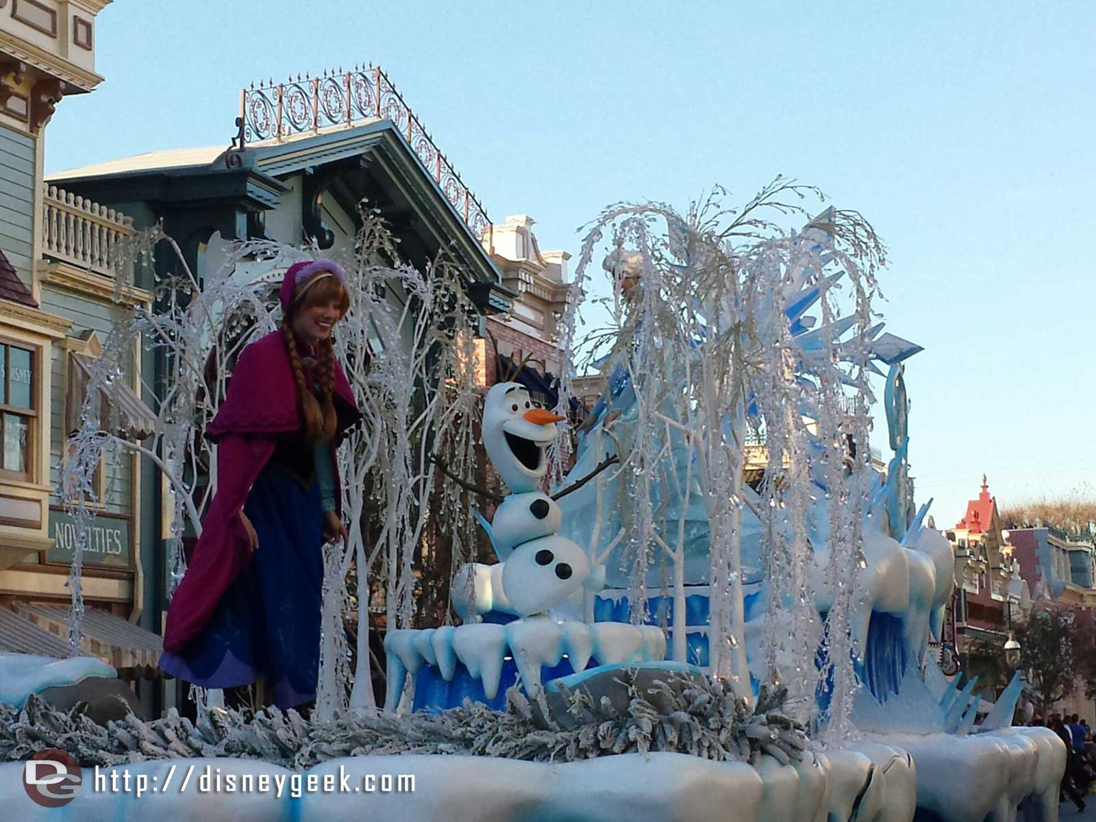 #Frozen pre parade passing by on Main Street USA #Disneyland