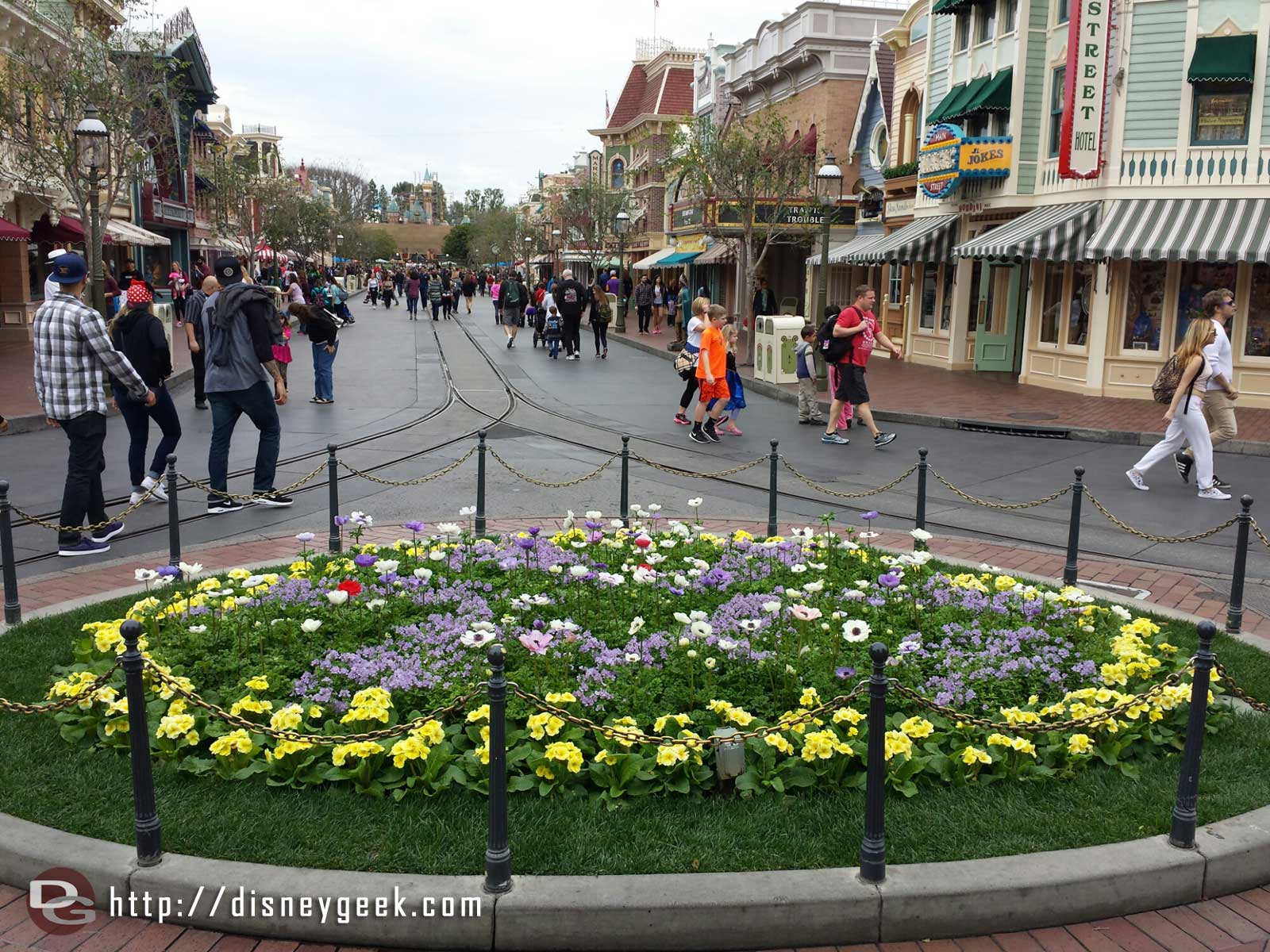 Main Street USA – A cloudy afternoon at #Disneyland today
