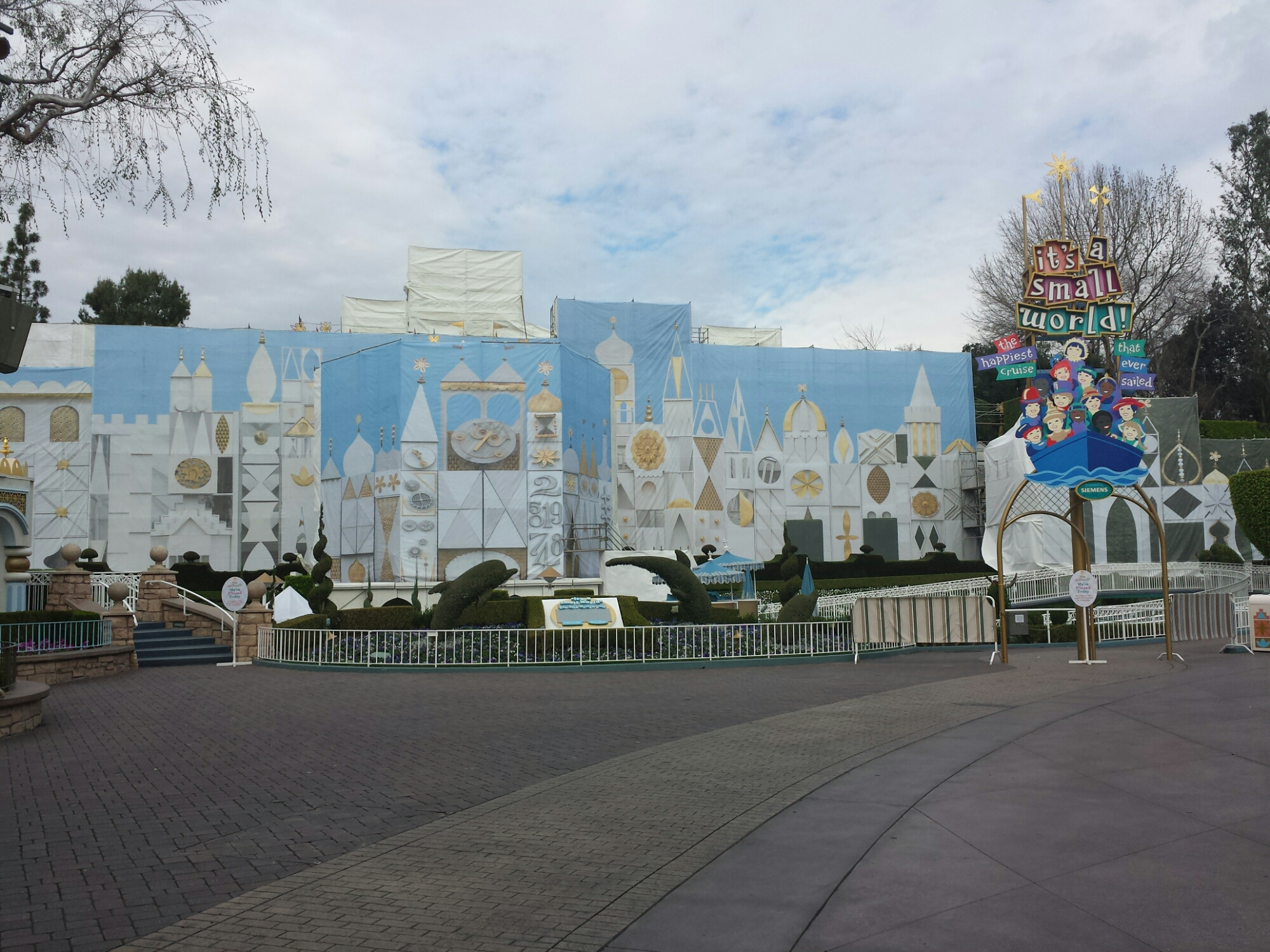 it's a small world is closed for the removal of the holiday overlay and exterior renovations continue #Disneyland
